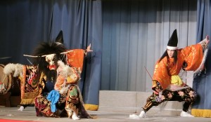 広島市の観光資源としても神楽の振興をはかります