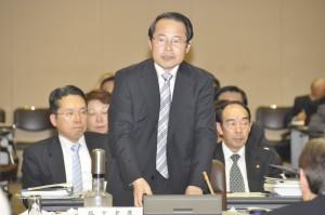 予算特別委員会では文教関係、厚生関係、建設関係の審査で質問しました。