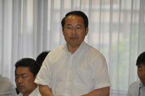 「特別自治市(仮称)」について質問する若林新三議員
