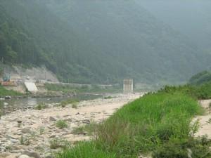 橋脚が完成した第三太田川橋(可部町今井田)