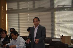 決算特別委員会で放射性影響研究所の移転を求める若林新三議員